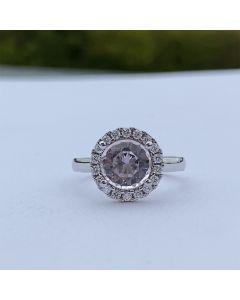 14 Karat Hvidguld Ring fra Henrik Ørsnes Design med Morganit og Diamanter