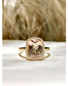 Henrik Ørsnes Design 14 Karat Guld Ring med Peach Morganit og Brillanter 0,10 Carat TW/SI